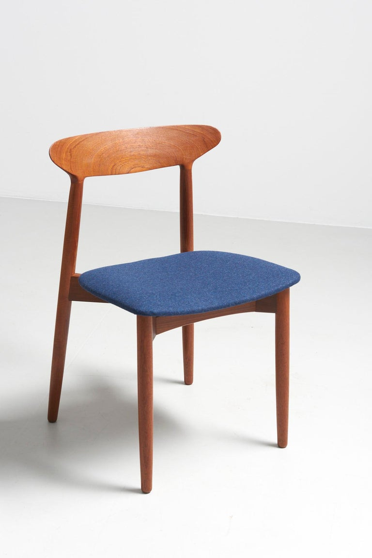 Danish Set of 6 Dinning Chairs by Harry Østergaard For Sale