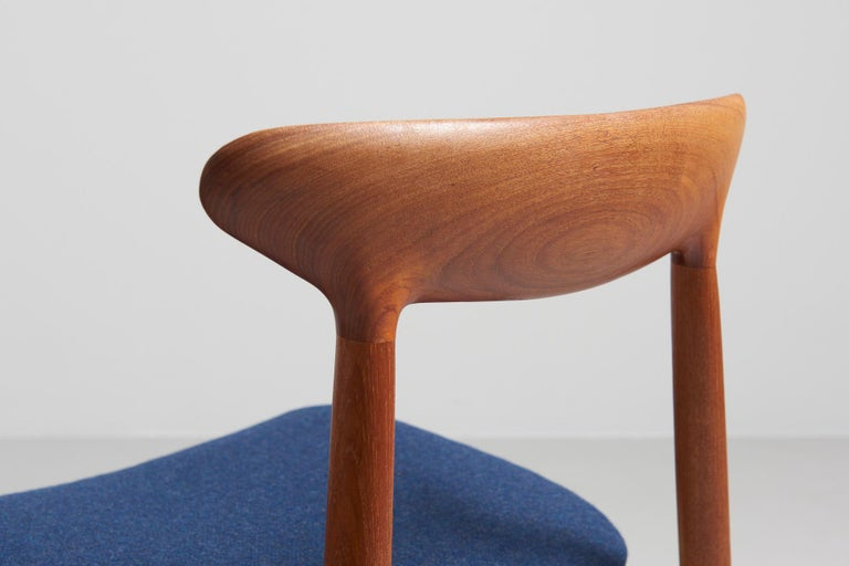 Mid-20th Century Set of 6 Dinning Chairs by Harry Østergaard For Sale
