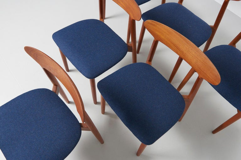 Set of 6 Dinning Chairs by Harry Østergaard For Sale 2