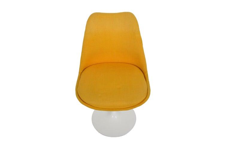 Italian Set of 6 Eero Saarinen Knoll Production 1960 Tulip Chairs For Sale