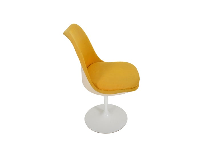 20th Century Set of 6 Eero Saarinen Knoll Production 1960 Tulip Chairs For Sale