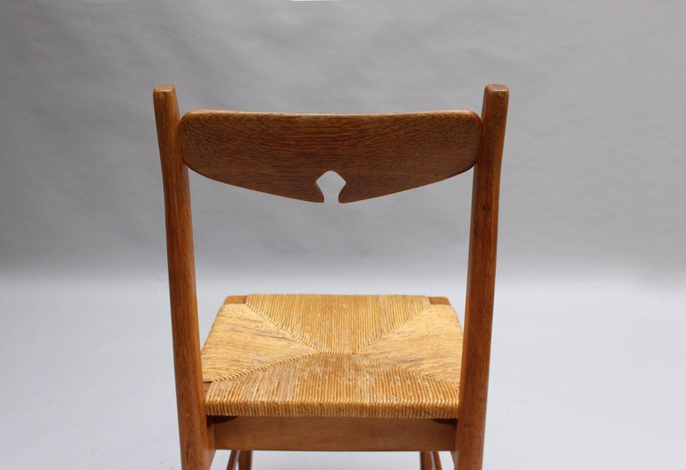 Set of Six French Mid-Century Dining Chairs by Guillerme et Chambron For Sale 5