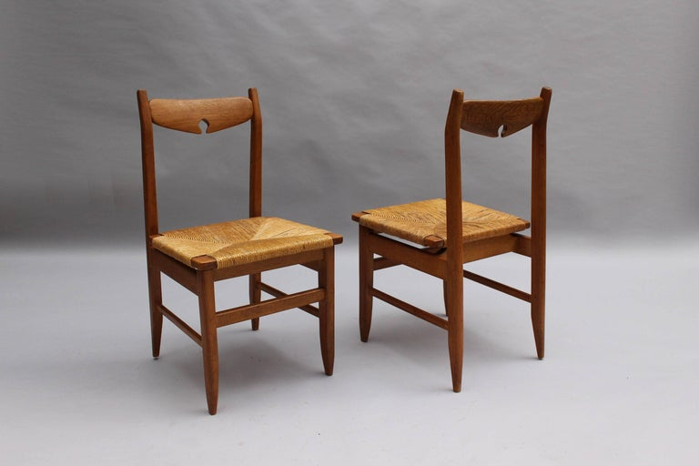 Set of Six French Mid-Century Dining Chairs by Guillerme et Chambron In Good Condition For Sale In Long Island City, NY