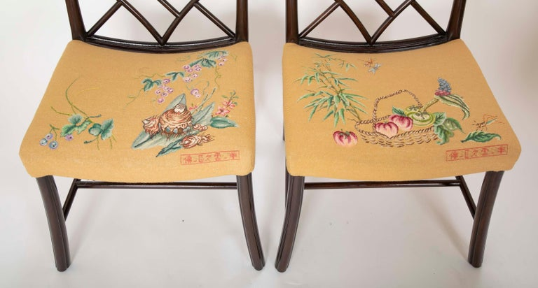 20th Century Set of 8 Chippendale Style Dining Chairs For Sale
