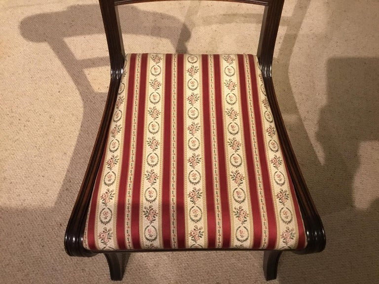 A Set of 8 English Regency Mahogany Dining Chairs For Sale 3
