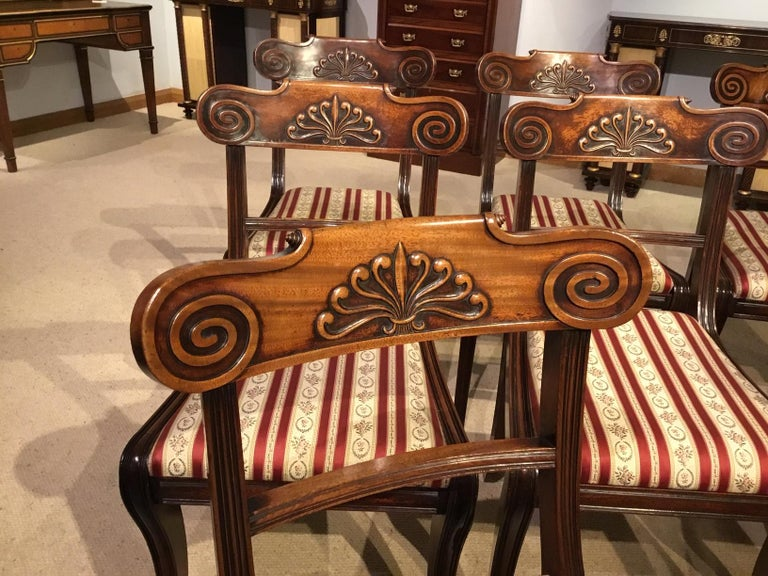 A Set of 8 English Regency Mahogany Dining Chairs For Sale 5