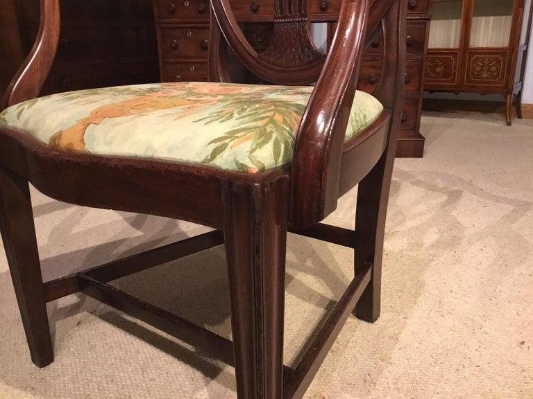 Set of 8 Georgian Mahogany Dining Chairs For Sale 5
