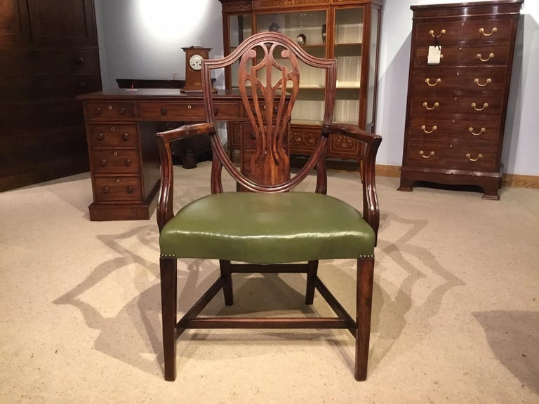 Set of 8 Georgian Mahogany Dining Chairs For Sale 6