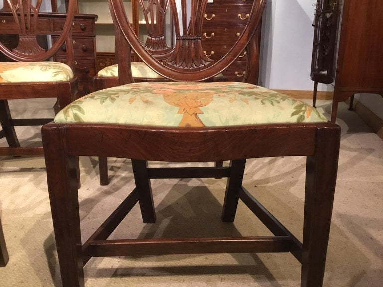 Late 18th Century Set of 8 Georgian Mahogany Dining Chairs For Sale