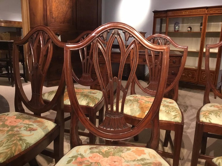 Set of 8 Georgian Mahogany Dining Chairs For Sale 1