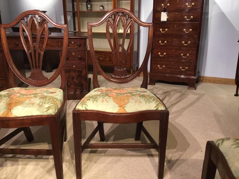 Set of 8 Georgian Mahogany Dining Chairs For Sale 3