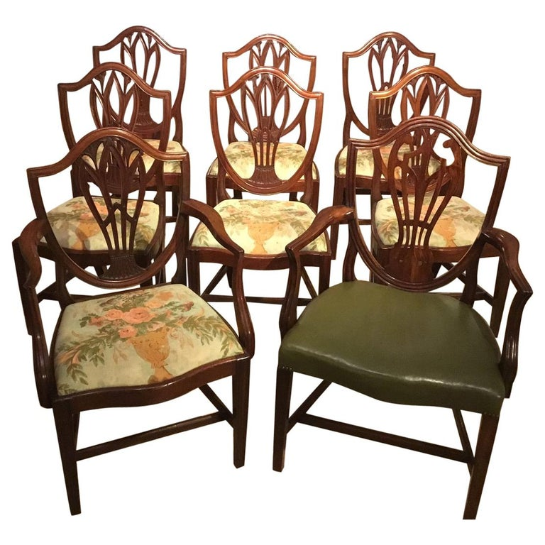 Set of 8 Georgian Mahogany Dining Chairs For Sale