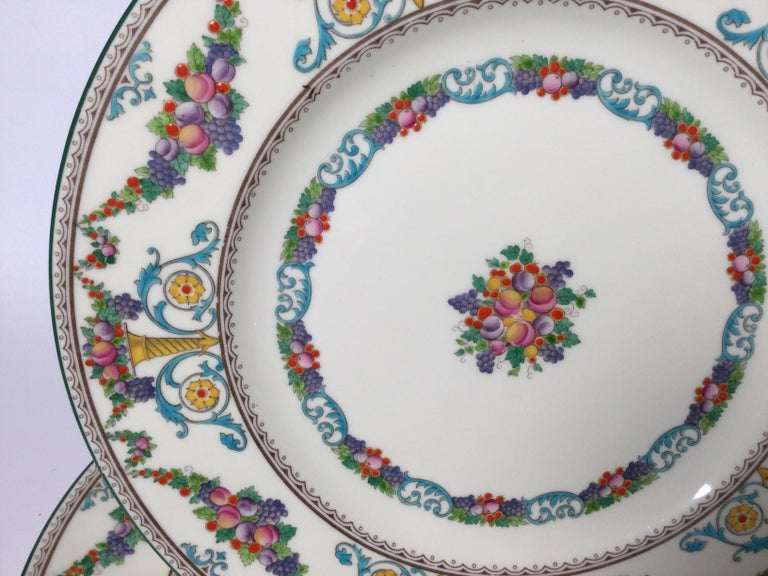 Mid-20th Century Set of 8 Hand Enameled English Plates by Wedgwood, 1930s For Sale