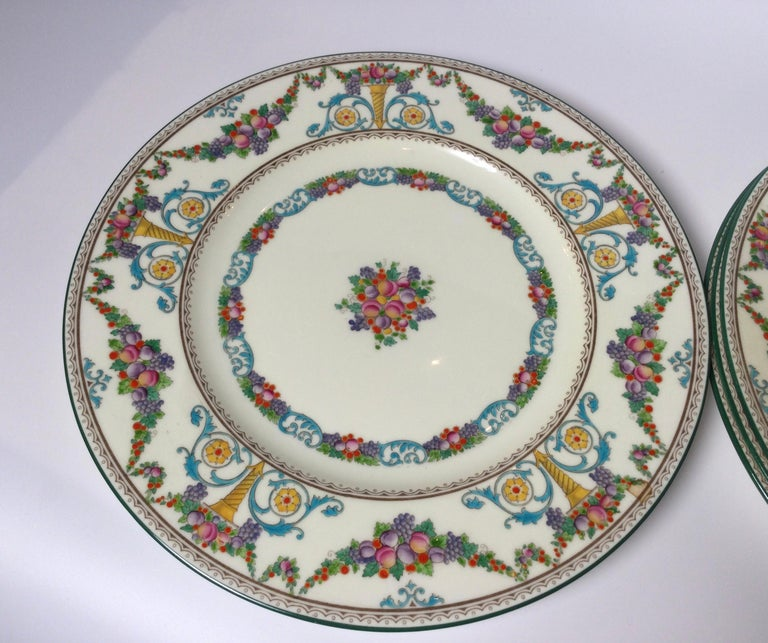 Porcelain Set of 8 Hand Enameled English Plates by Wedgwood, 1930s For Sale