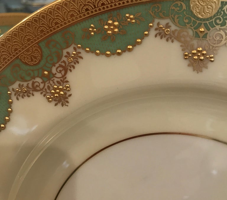 Set of 12 Antique Raised Gilt Service Dinner Plates In Excellent Condition For Sale In Lambertville, NJ