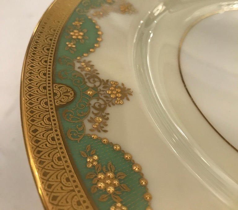 Early 20th Century Set of 12 Antique Raised Gilt Service Dinner Plates For Sale