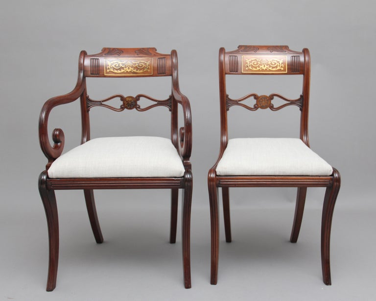Set of Eight Regency Mahogany and Brass Inlaid Dining Chairs In Good Condition For Sale In Martlesham, GB