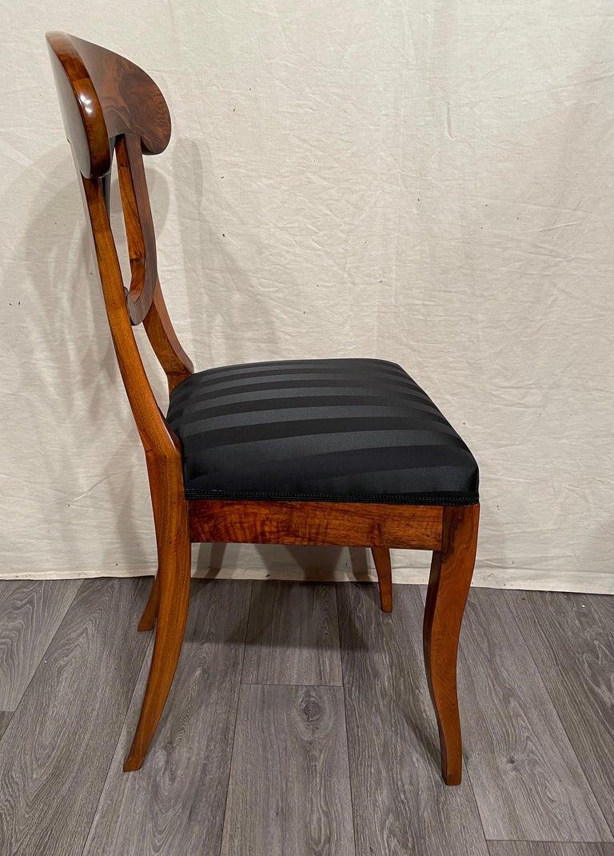 Veneer Set of Four Biedermeier Chairs, South Germany, 1820 For Sale