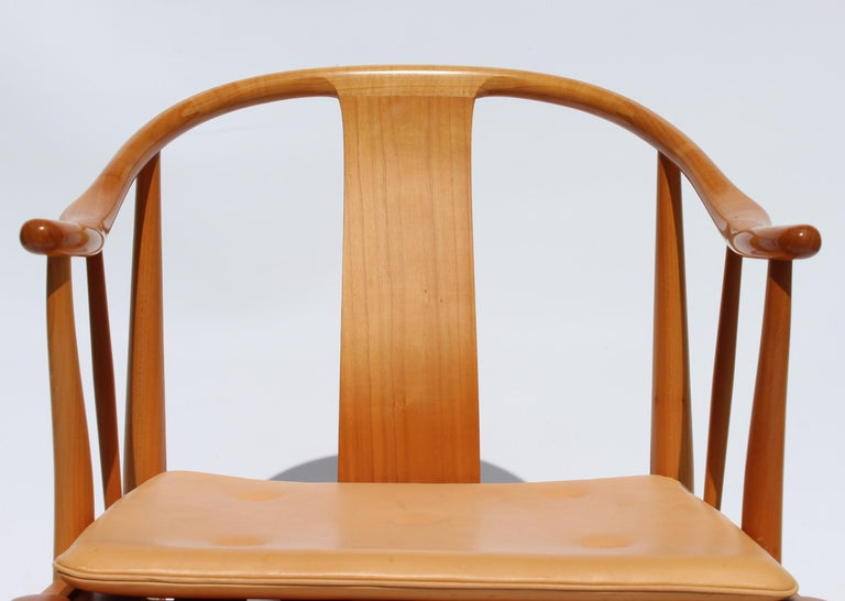 Set of Four China Chairs, Model 4283, by Hans J. Wegner and Fritz Hansen In Good Condition For Sale In Lejre, DK