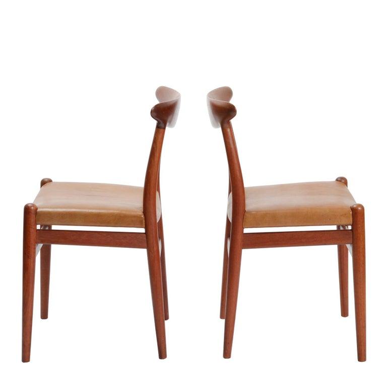 Scandinavian Modern Set of Four Danish Dining Chairs Designed by Hans Wegner For Sale