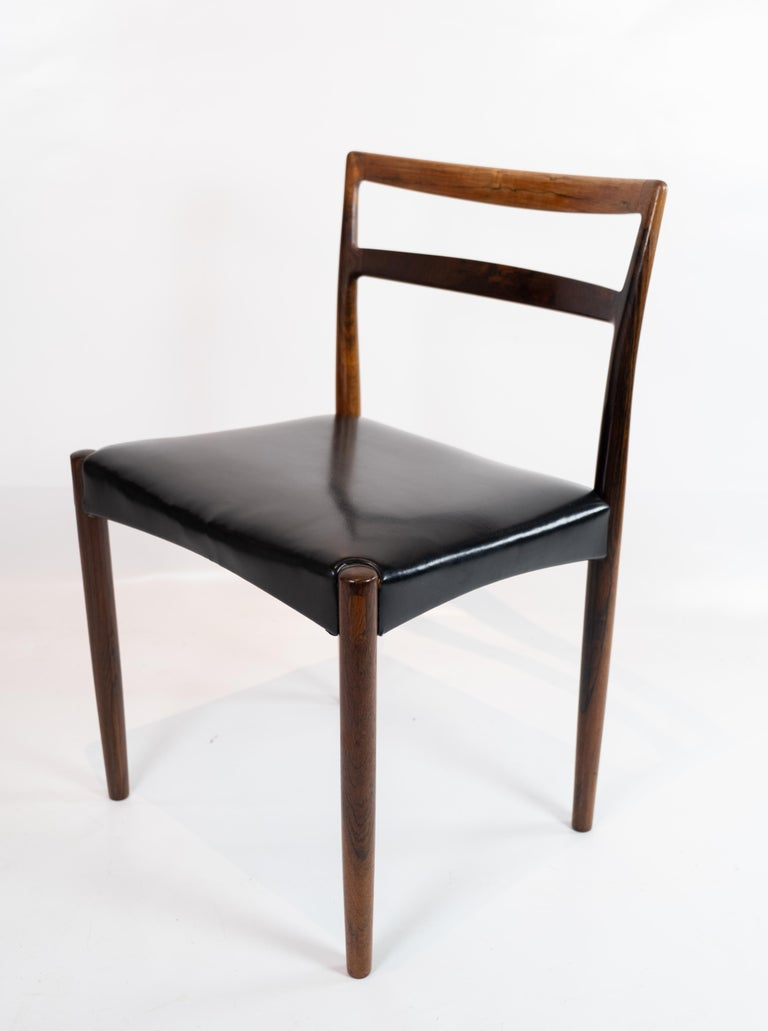 Set of Four Dining Room Chairs in Rosewood and Black Leather of Danish Design In Good Condition For Sale In Lejre, DK