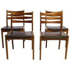 Set of Four Dining Room Chairs, Model 323, in Teak, Slagelse Furniture, 1960s