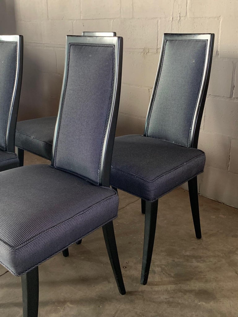Mid-Century Modern Set of Four Elegant Dining Chairs by Harvey Probber For Sale