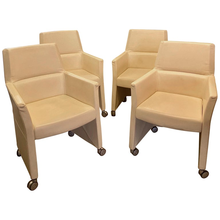 Set of Four Italian White Leather Chairs by Enrico Pellizzoni For Sale
