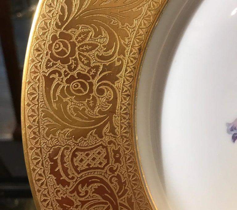 Gilt Set of Gold Encrusted Border Floral Dinner Service Plates For Sale