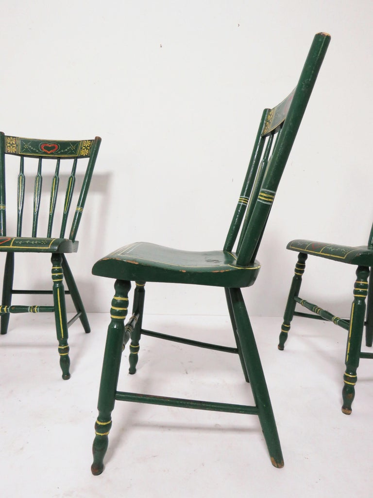 Set of Six 19th Century Pennsylvania Folk Art Painted Windsor Chairs For Sale 6
