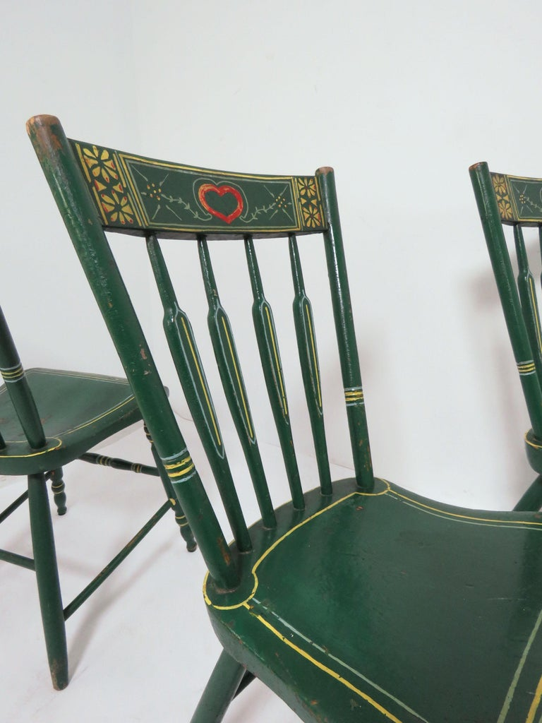 Set of Six 19th Century Pennsylvania Folk Art Painted Windsor Chairs For Sale 3
