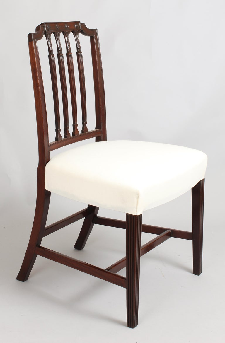 Set of Six Fine George III Period Mahogany Dining-Chairs In Good Condition For Sale In Cambridge, GB