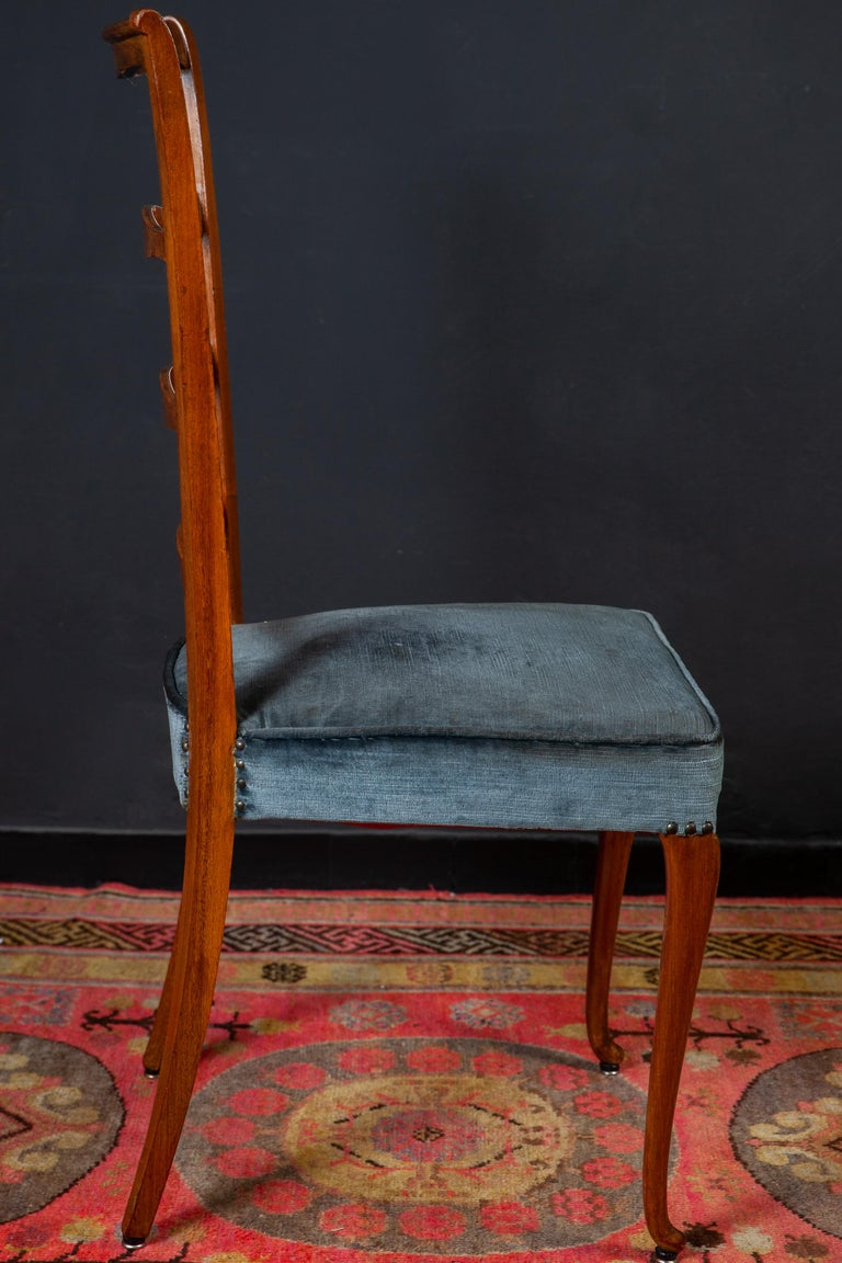 Set of Six Italian Midcentury Dining Chairs by Paolo Buffa, 1950 For Sale 2