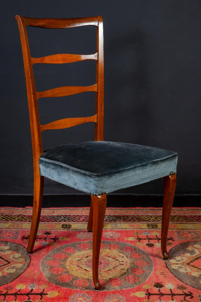 Set of Six Italian Midcentury Dining Chairs by Paolo Buffa, 1950 For Sale 3