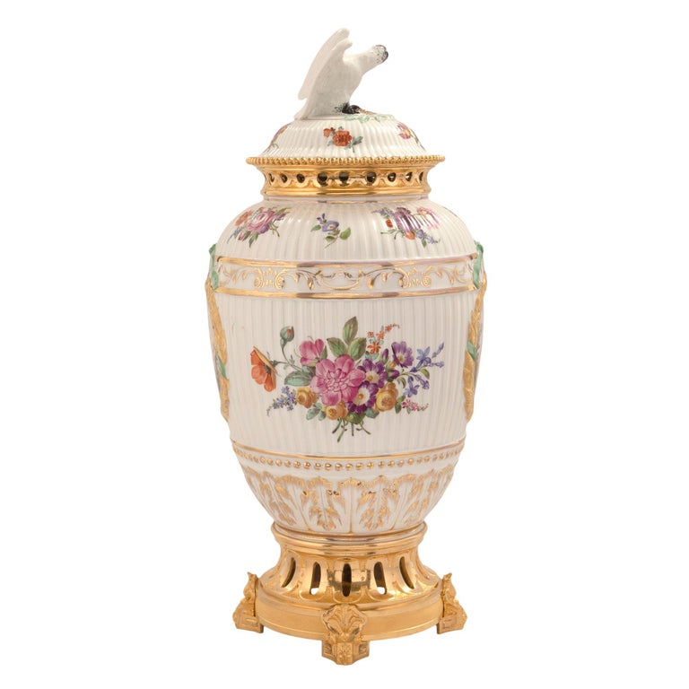Set of Three German 19th Century Porcelain and Ormolu Lidded Urns For Sale 1