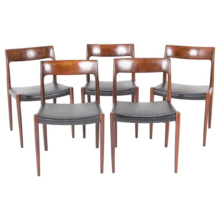 Set of Four Model 77 Niels Moller Rosewood Dining Chairs For Sale