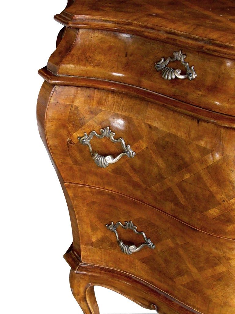 20th Century Shapely Pair of Italian Rococo Style Bombe-Form Chests of Drawers For Sale