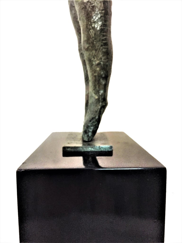 """Shout, Mid-Century Modern Patinated Bronze Sculpture, Signed """"Igor 67"""" In Good Condition For Sale In New York, NY"""