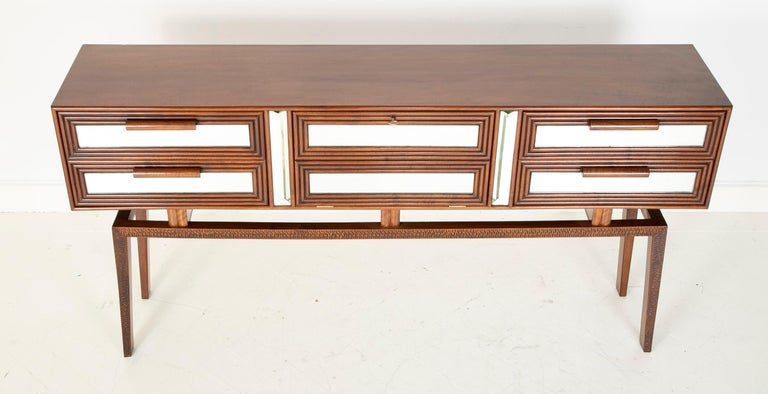 Sideboard Bar Designed by G. Cavatorta, circa 1930s In Good Condition For Sale In Stamford, CT