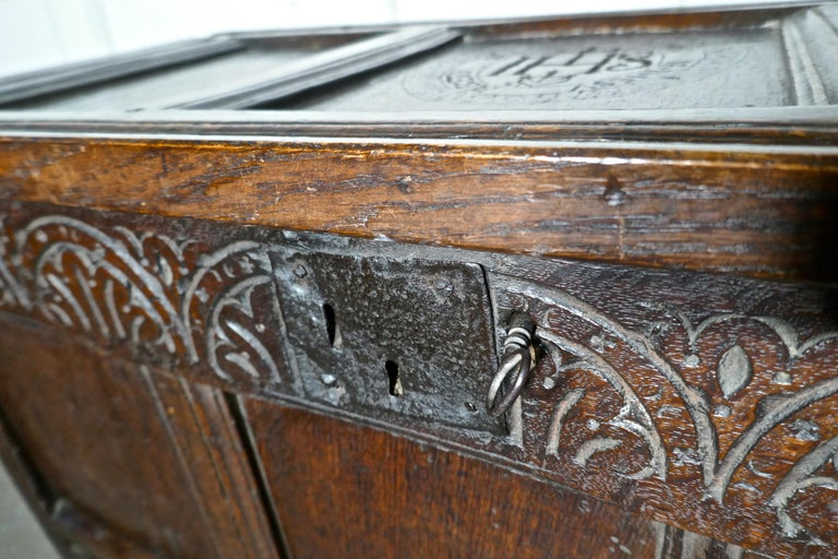 Small Early 17th Century Carved Oak Coffer, 1621 For Sale 1