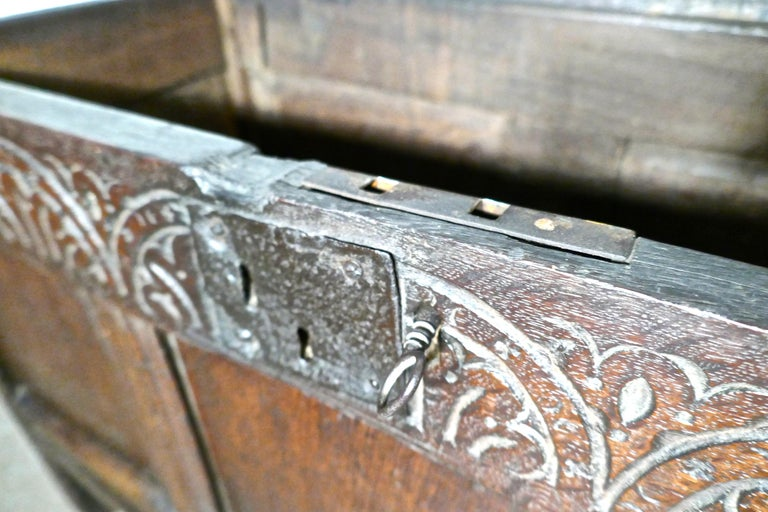 Small Early 17th Century Carved Oak Coffer, 1621 For Sale 4