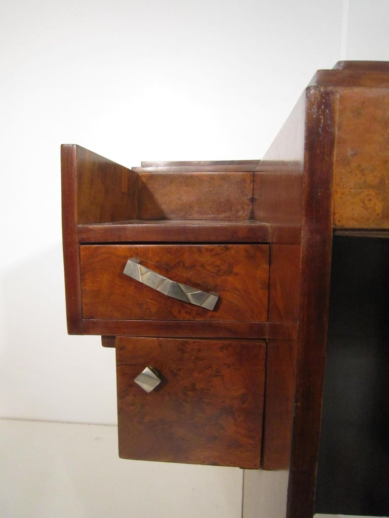 Small French Art Deco Writing Desk/ vanity For Sale 5