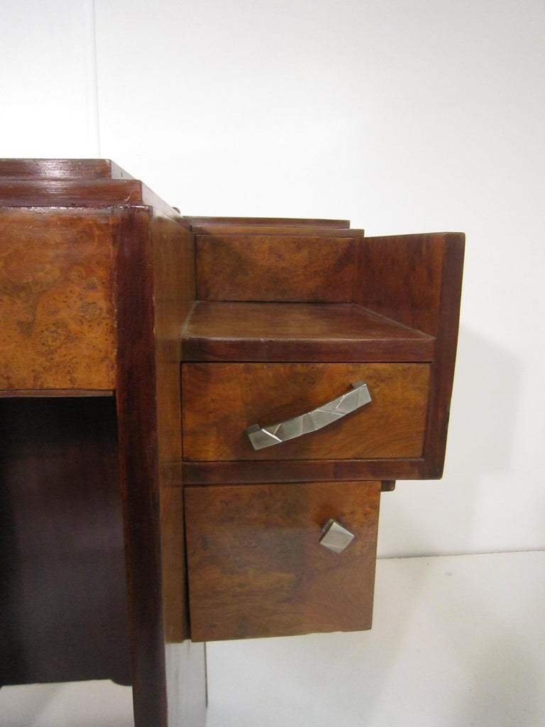 Small French Art Deco Writing Desk/ vanity For Sale 6