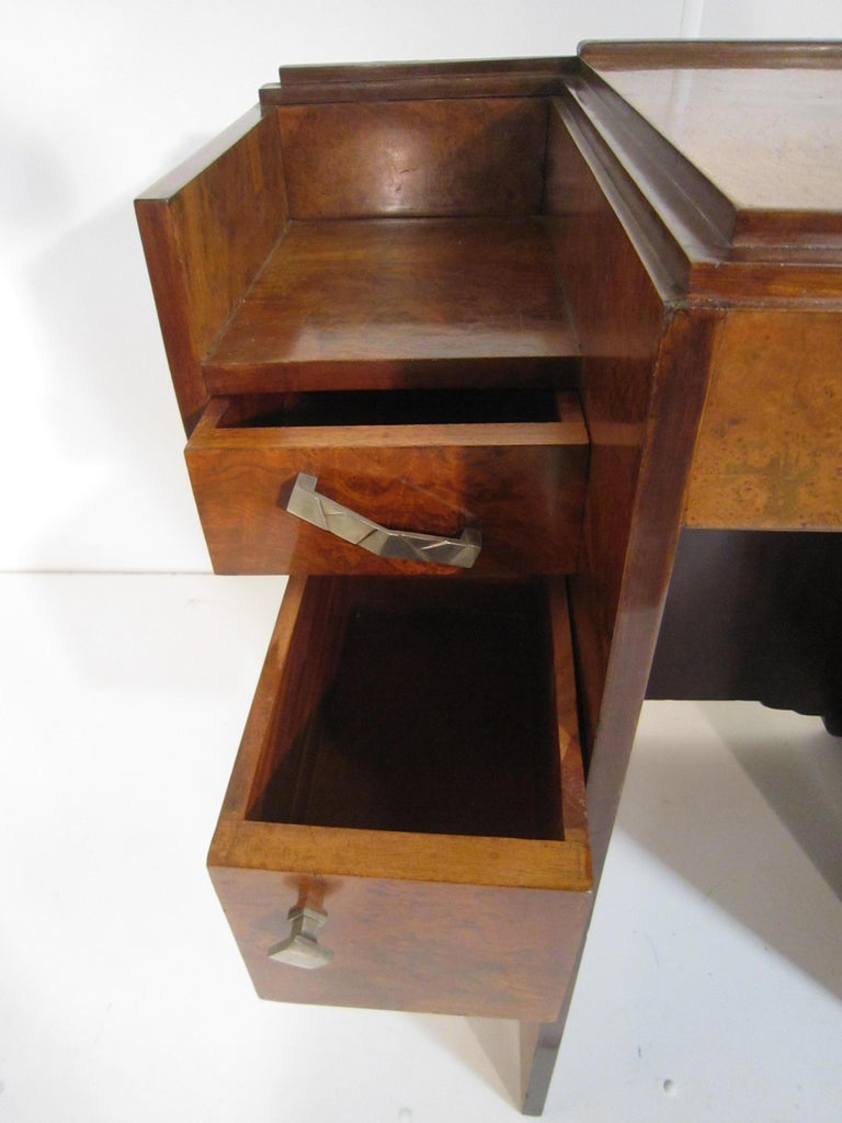 Small French Art Deco Writing Desk/ vanity For Sale 8