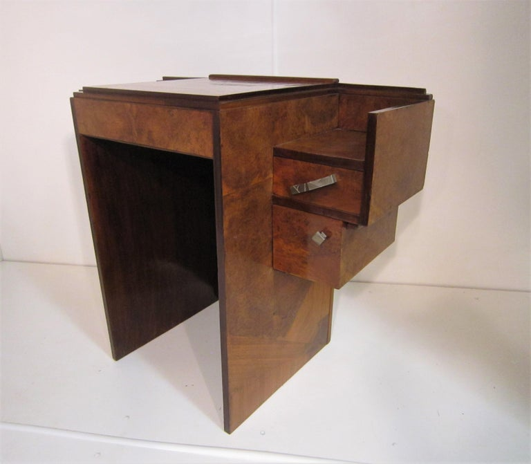 Small French Art Deco Writing Desk/ vanity In Good Condition For Sale In New York City, NY