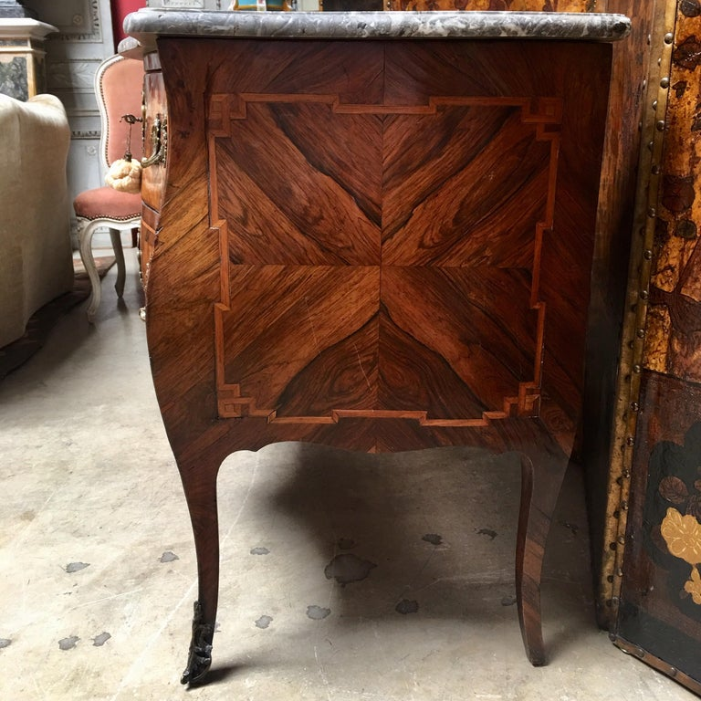 18th Century Small French Louis XV Marquetry Commode with Marble Top For Sale 5
