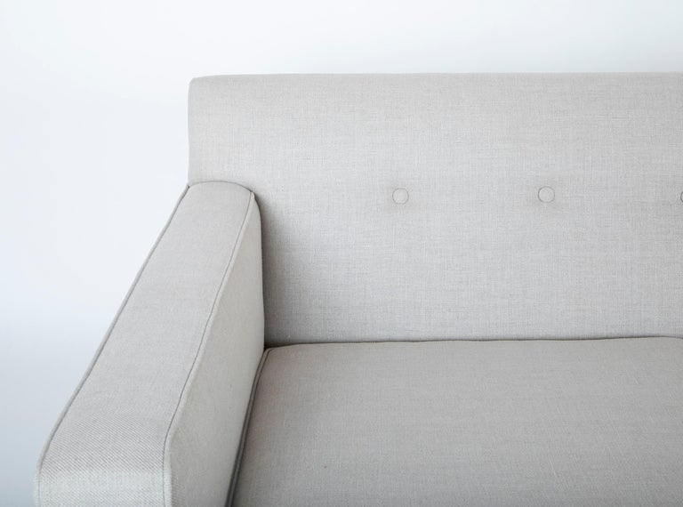 Sofa Designed by Edward Wormley and Produced by Dunbar In Good Condition For Sale In Stamford, CT