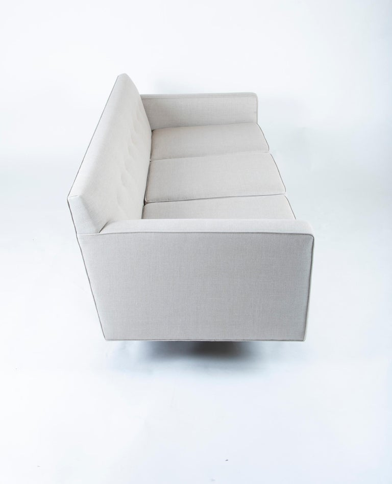 Sofa Designed by Edward Wormley and Produced by Dunbar For Sale 1