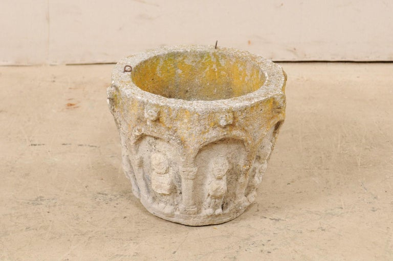 Spanish Stone Planter Adorned with Figures and Archways, Early 20th Century For Sale 4