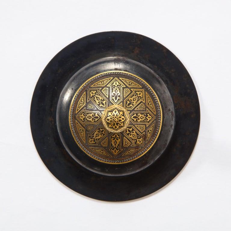 Spanish Toledo Gold and Platinum Inlaid Damascene Iron Covered Box Centerpiece For Sale 8